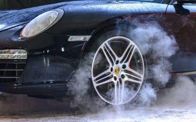 Ze života v Německu #4: Proč Němec miluje svoje auto víc než svoji ženu?